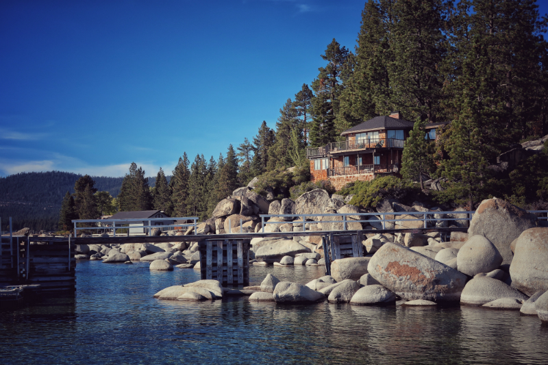 beautiful-house-lake-tahoe